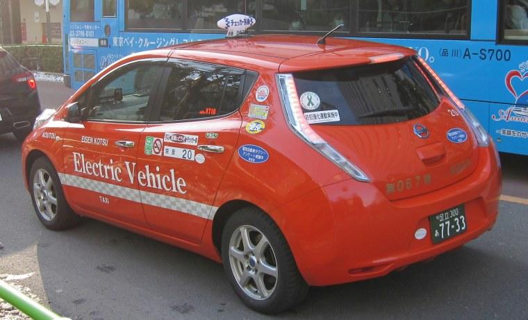 Nissan Leaf -  EV taxi Shinagawa